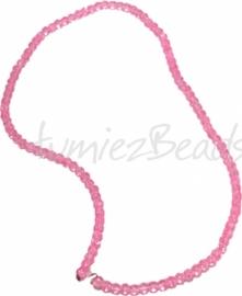 03558 Glaskraal streng (±40cm) crackle Roze 4mm 1 streng
