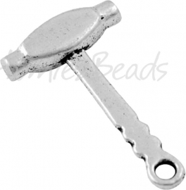 02604 Bedel hamer Antiek zilver (Nikkelvrij) 26mmx16mm