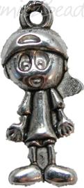 00507 Bedel jongetje 3d Metallook Tibetaans zilver 7 stuks