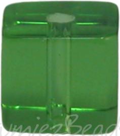 00944 Glaskraal vierkant Groen 6mm 1 streng (±30cm)