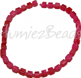 00665 Crackle kraal streng ±40cm Roze 8mm (kleine tussen kraal 4mm) 1 streng