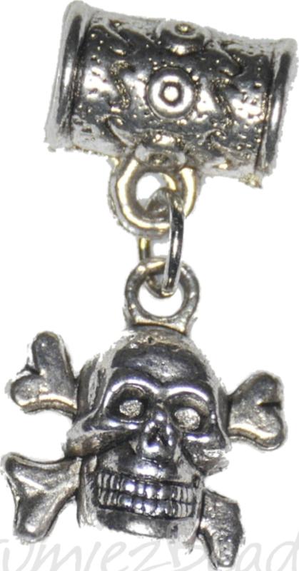 04148 Kraal groot gat met bedel Doodshoofd Antiek zilver 27mmx10,9mmx7mm; gat 4mm 2 stuks