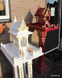 Geestenhuis van steen voor binnen en buiten de luxe
