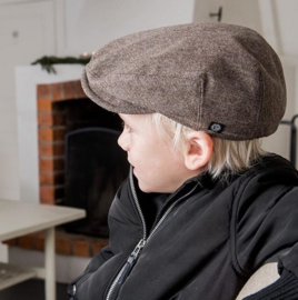 Pet `Carl Herringbone Brown` - flat-cap met oorflappen - bruin visgraat - maat 56/59/61 - CTH Mini