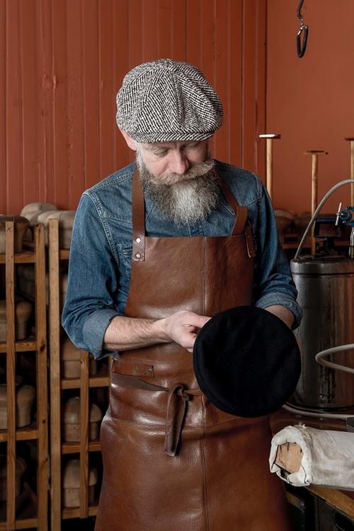 Pet `Branson Diagonal Stripe Brown` - newsboy cap - bruin gestreept  - maat 58 - CTH Ericson