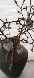 Halve witte eieren deco