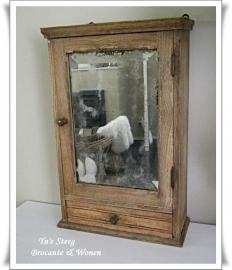 Brocant spiegelkastje /medicijnkastje