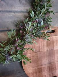 Hart met groendecoratie opmaken