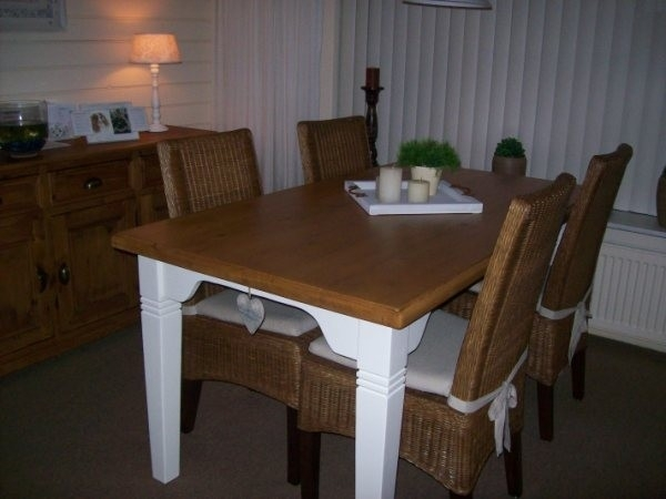 tafel in opdracht ge-restyled
