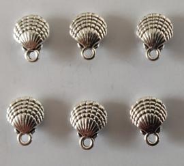 Metalen bedeltjes - schelp - zilver - 6 stuks