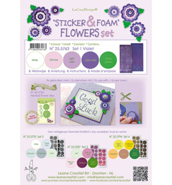 Leane Creatief Foam Violet en 2 nested flower stickers