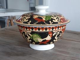 Societe Ceramique decor Haan Dekselkom Kom op voet met Deksel