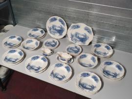 Johnson Bros blauw Haddon Hall Eetservies voor 8 pers.