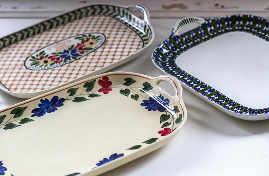 Dienbladen van aardewerk