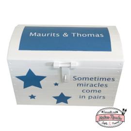Speelgoedkist Maurits en Thomas