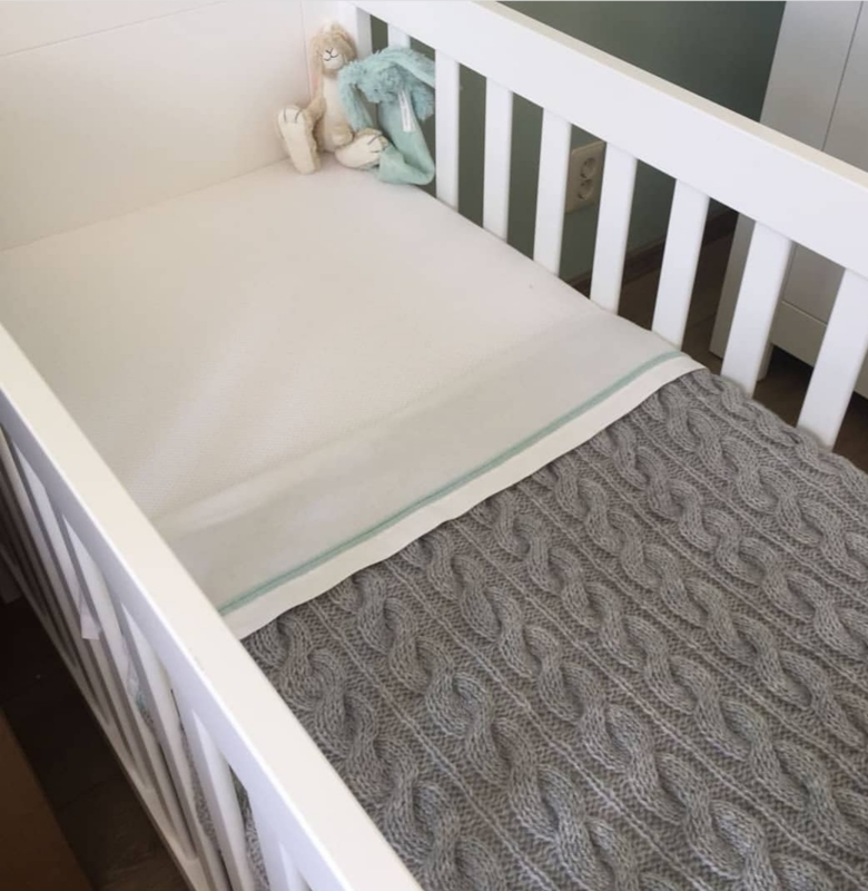 Babydekentje grijs