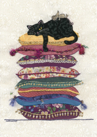 A022 Cat Cushions - BugArt