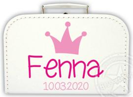 Koffertje met naam *Kroon* . Diverse kleuren koffertjes en bedrukking