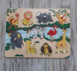 Houten puzzel wilde dieren / rivier plastic knop (met naam)