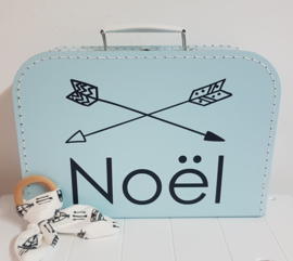 Koffertje met naam *Pijlen* diverse kleuren