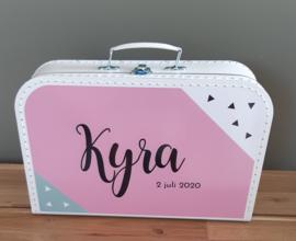 """Koffertje met naam  ''Vlakken"""" roze  diverse kleuren"""