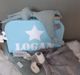 extra gevuld kraamkoffertje met naam en ster jongen-meisje