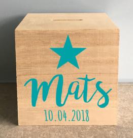 houten spaarpot met naam (en datum) en ster
