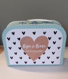 Koffertje met naam *Hartjes* oma & opa survival kit diverse kleuren