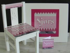 tafeltje met naam van geboortekaartje vierkante opdruk