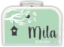 Koffertje met naam *Vogelhuisje* Diverse kleuren koffertjes en bedrukking