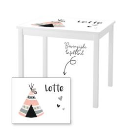 1 of 2 stoelen en tafeltje met naam en tipi tent meisje