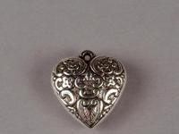 Hanger hart antiek zilver 25 mm