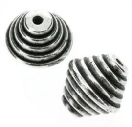 Verzilverde kraal conisch geringd 20 x 20 mm
