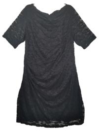 X-TWO Leuk zwart stretch kanten jurkje 48