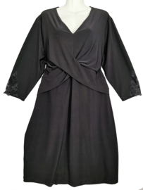 MAXIMA Aparte stretch jurk 52