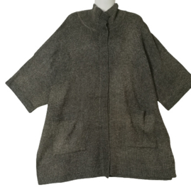 YESTA Apart gebreid oversized vest 50-54