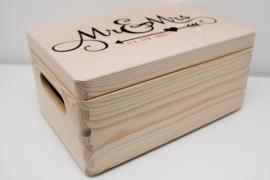 Houten kistje met tekst of logo