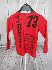 Rode longsleeve TYGO&vito in maat 98/104.