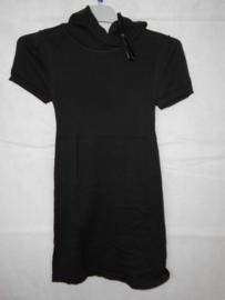 Zwarte jurk Knot so Bad mt 128