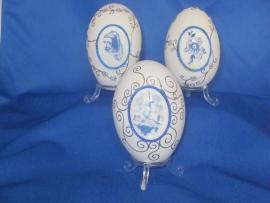Delfs Blauw ei met bloemen