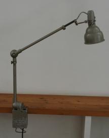 Lumina. Industiele Bureau- of  Machinelamp