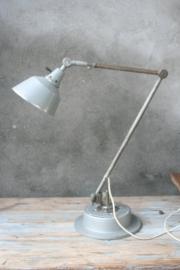 Industriele lamp van Midgard. Ontwerp  Curt Fischer