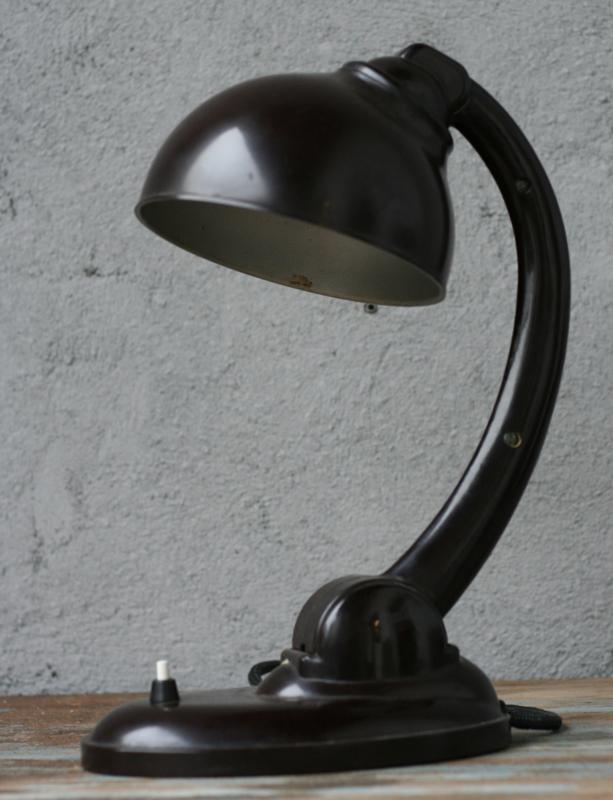 Bakeliet Bureaulamp  E.K. Cole