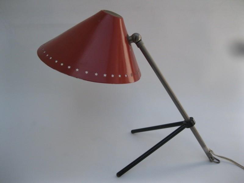 Rode jaren 50 Pinokkio bureaulamp van Busquet voor Hala