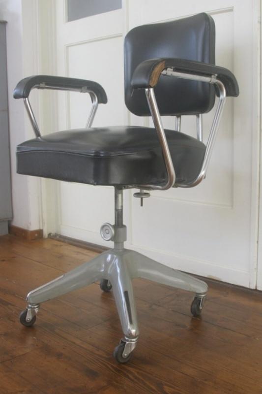Oude Bureau Stoel.Oude Bureaustoel Jaren 60 Gispen Ahrend De Wit