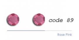 89 4mm studs rose pink 100 stuks