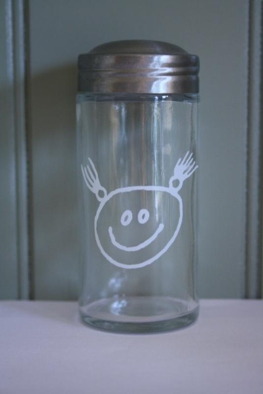 kruidenpotje glas meisje