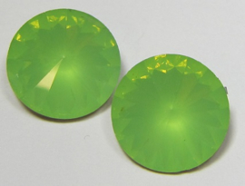 Resin Rivoli 16 mm Chrysolite Green Opal (per 2)