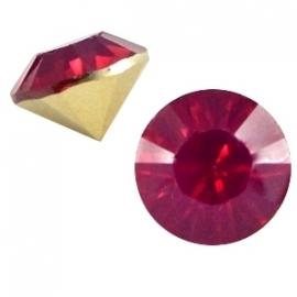 Resin Chaton SS29 Fuchsia Opal (per 10)