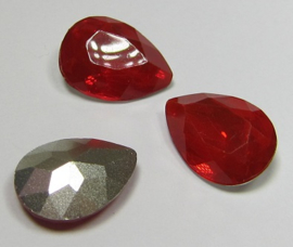 Resin Druppel 13 x 18 mm Siam Red Opal (per stuk)